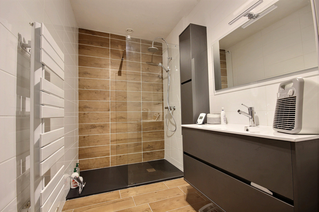 Rénovation-salle-de-bains-Saint-Etienne---douche-italienne